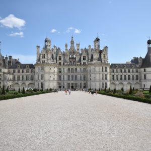 Visitez le château de Chambord et sa région en voiture de transport avec chauffeur